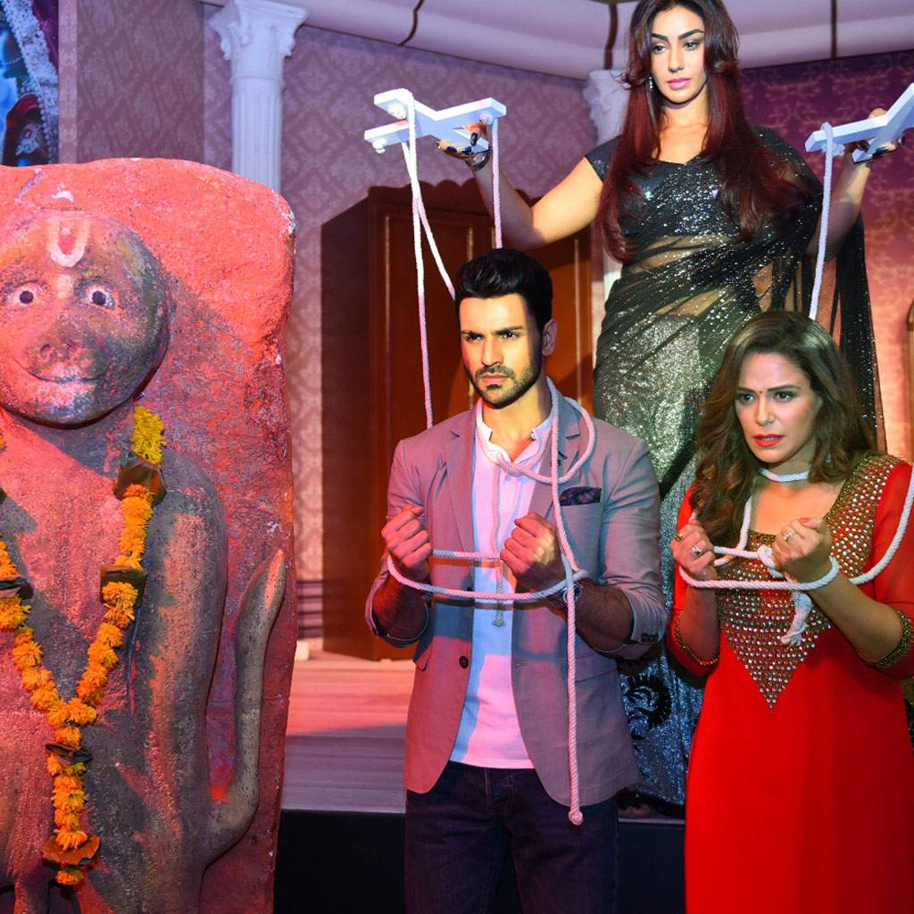 Ekta Kapoor's new soap Kawach...Kaali Shaktiyon Se is all set to premiere on July 11. The supernatural show features Vivek Dahiya, Mona Singh and Maheck Chahal. Check out pictures from the show's launch.