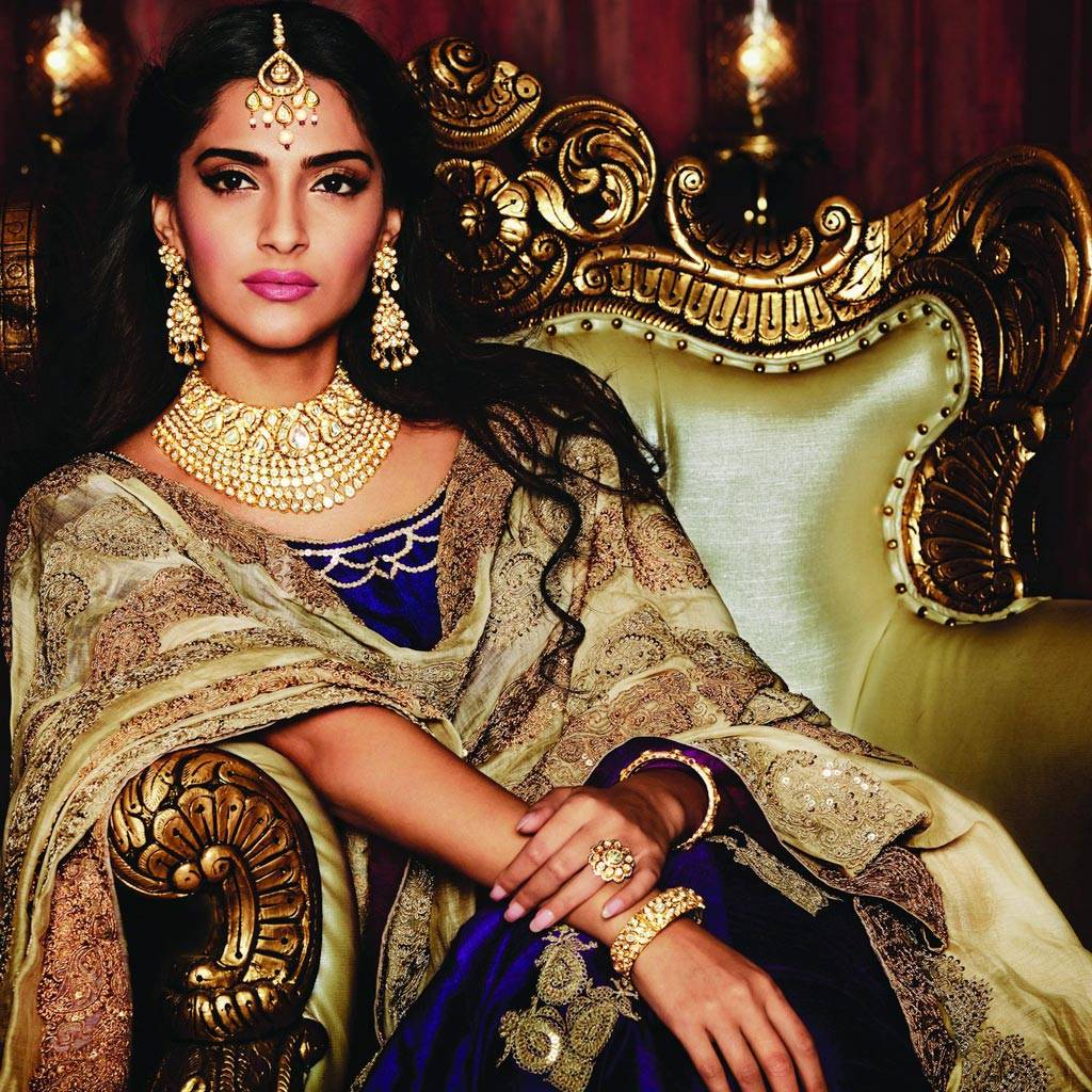 Sonam, Deepika, Esha: Bollywood stars go regal for ...