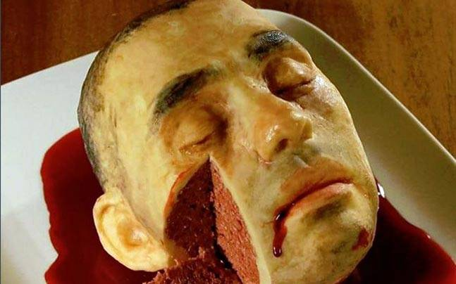 Katherine Dey, a New York-based nurse and food artist, makes realistic cakes that will shock you and make you drool as well.