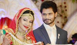 Sambhavna Seth's wedding took place in Delhi last evening, with the couple's close friends and family in attendance.