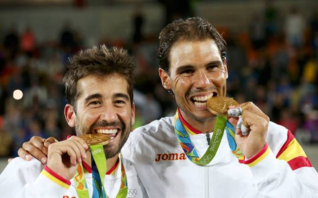 Rafel Nadal,Marc Lopez,Michael Phelps,Sania-Bopanna,Joseph Schooling
