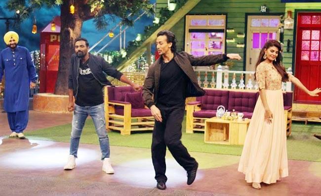 Navjot Singh Sidhu, Remo D'Souza, Tiger Shroff, and Jacqueline Fernandez on the sets of The Kapil Sharma Show.