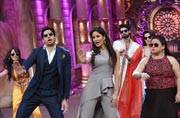 When Katrina and Sidharth gave some dancing tips to the Comedy Nights Bachao team.