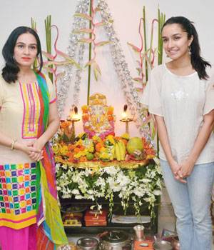 As the entire nation is busy celebrating Ganesh Chaturthi, Bollywood stars are also not far behind. From Shraddha Kapoor to Ranbir Kapoor, everyone welcomed Lord Ganesha with equal fervour and zest.