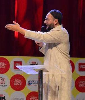 Subramanian Swamy (L) and Asaduddin Owaisi.