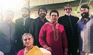 Bollywood megastar Amitabh Bachchan, cricketing legend Sachin Tendulkar and South Indian superstars- Mammootty, Akkineni Nagarjuna, Prabhu and Jayaram were snapped at the Diwali dinner in Kerala.