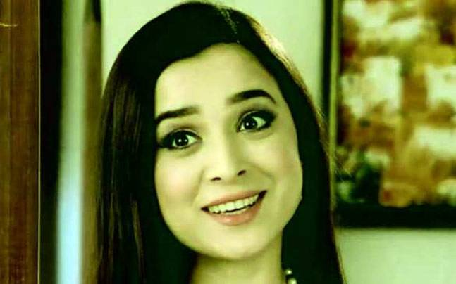 From playing the titular role of vulnerable Heena, to portraying a cunning and powerful woman Sakshi Goenka in Ek Hasina Thi, Simone Singh--who later ventured into movies--has had a successful inning in television. A look at her TV journey on her birthday
