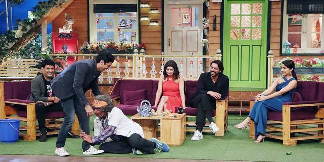 Prachi Desai, Farhan Akhtar, Arjun Rampal, Shraddha Kapoor, Sunil Grover, and Kapil Sharma