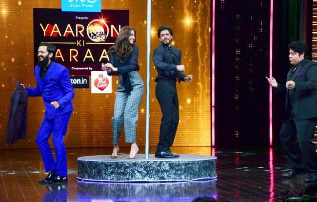 Sajid, SRK, Anushka and Ritesh