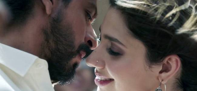 The trailer of Shah Rukh Khan's much-anticipated film Raees is out. And with it the speculation about Pakistani actor Mahira Khan's absence from the film has been put to rest. She is very much a part of Rahul Dholkia's directorial venture and here's proof
