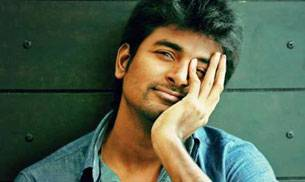 As Kollywood's rising star Sivakarthikeyan celebrates his birthday today, here are five entertainers of the actor you need to watch.
