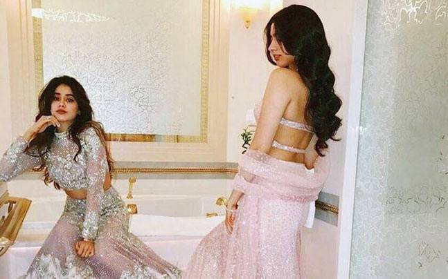 Jhanvi Kapoor and Khushi Kapoor are following the footsteps of their diva mom Sridevi when it comes to style. And the two recently made heads turn with their gorgeous avatar at a cousin's wedding.