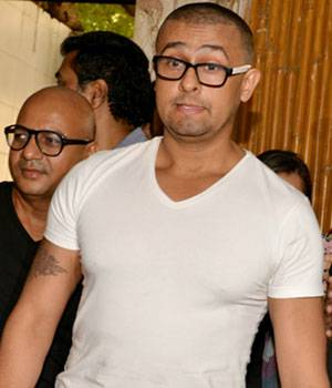 Sonu Nigam literally got his head shaved by celebrity hair-stylist Aalim Hakim as a response to a fatwa issued by a Muslim cleric who offered Rs 10 lakh to anyone who would shave the singer's head.