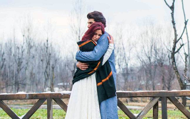 Sushant Singh Rajput's upcoming espionage thriller, Romeo Akbar Walter will be the next film to be shot in the valley. But before the crew sets foot in Kashmir, here is a look at the films that brought the beauty of Kashmir alive on 70mm.Sushant Singh Raj