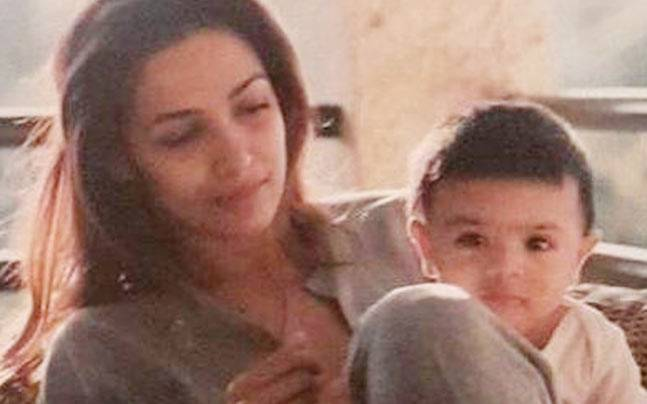 Malaika Arora is one hot mommy. The 43-year-old actor recently made many hearts melt when she shared an adorable throwback picture with her son Arhaan when he was a baby.