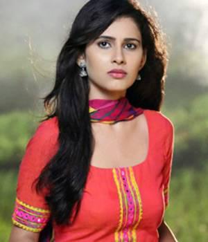 Niti Taylor, Shivani Tomar