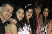 At SRK's 52nd birthday bash, Suhana Khan, Ananya Panday and Shanaya Kapoor steal the show