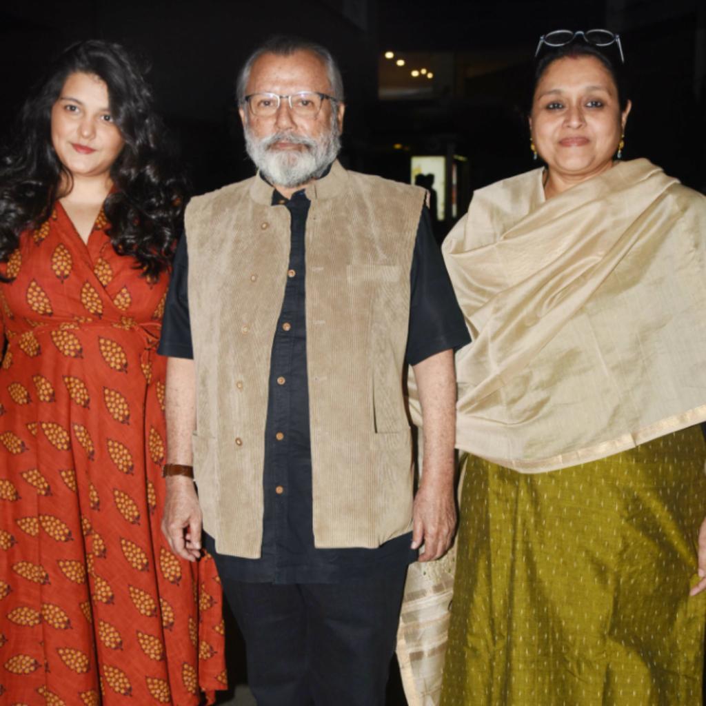 Sanah Kapoor, Pankaj Kapur and Supriya Pathak