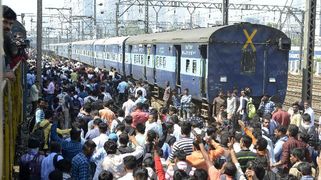 "The ""rail roko"" protest, Mumbai"