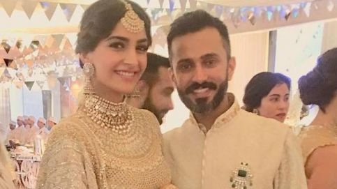 Anand Ahuja and Sonam Kapoor at their sangeet