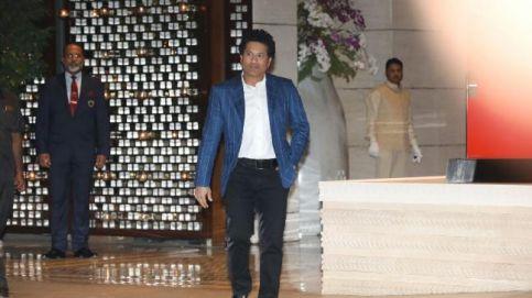Sachin Tendulkar arrives at the engagement party of Isha Ambani and Anand Piramal.