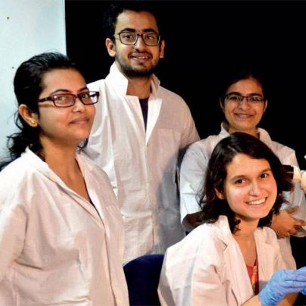 Students at IIT KGP lab
