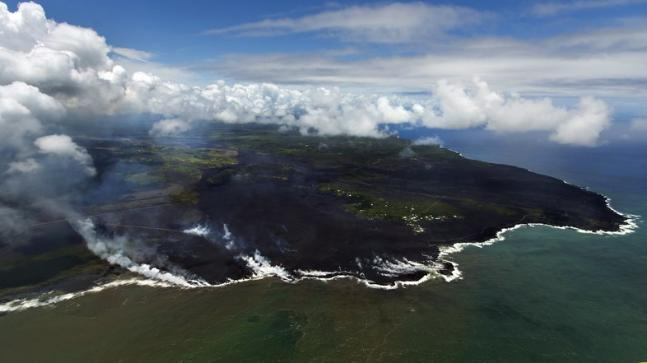 Entire Hawaii neighborhood vanishes as lava gushes in