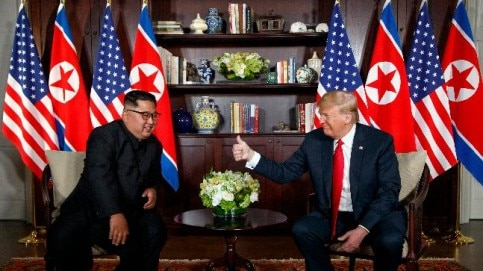 Trump Kim meet