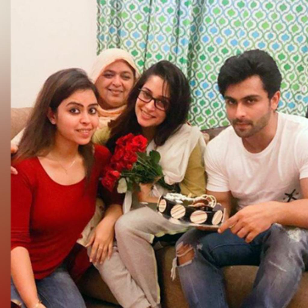 Dipika Kakar with family