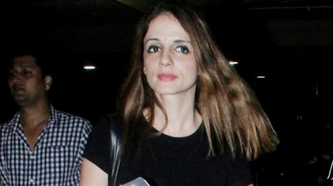 Sussanne Khan was snapped at the Mumbai airport