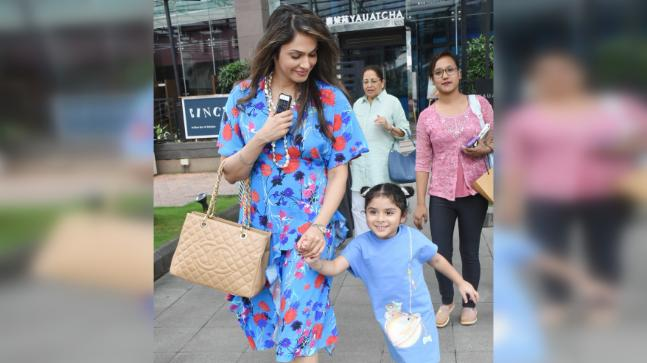 Isha Koppikar and Rianna