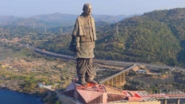 PM Modi unveiled the Statue of Unity on birth anniversary of Sardar Vallabhbhai Patel Photo: Instagram/aapduvadodara