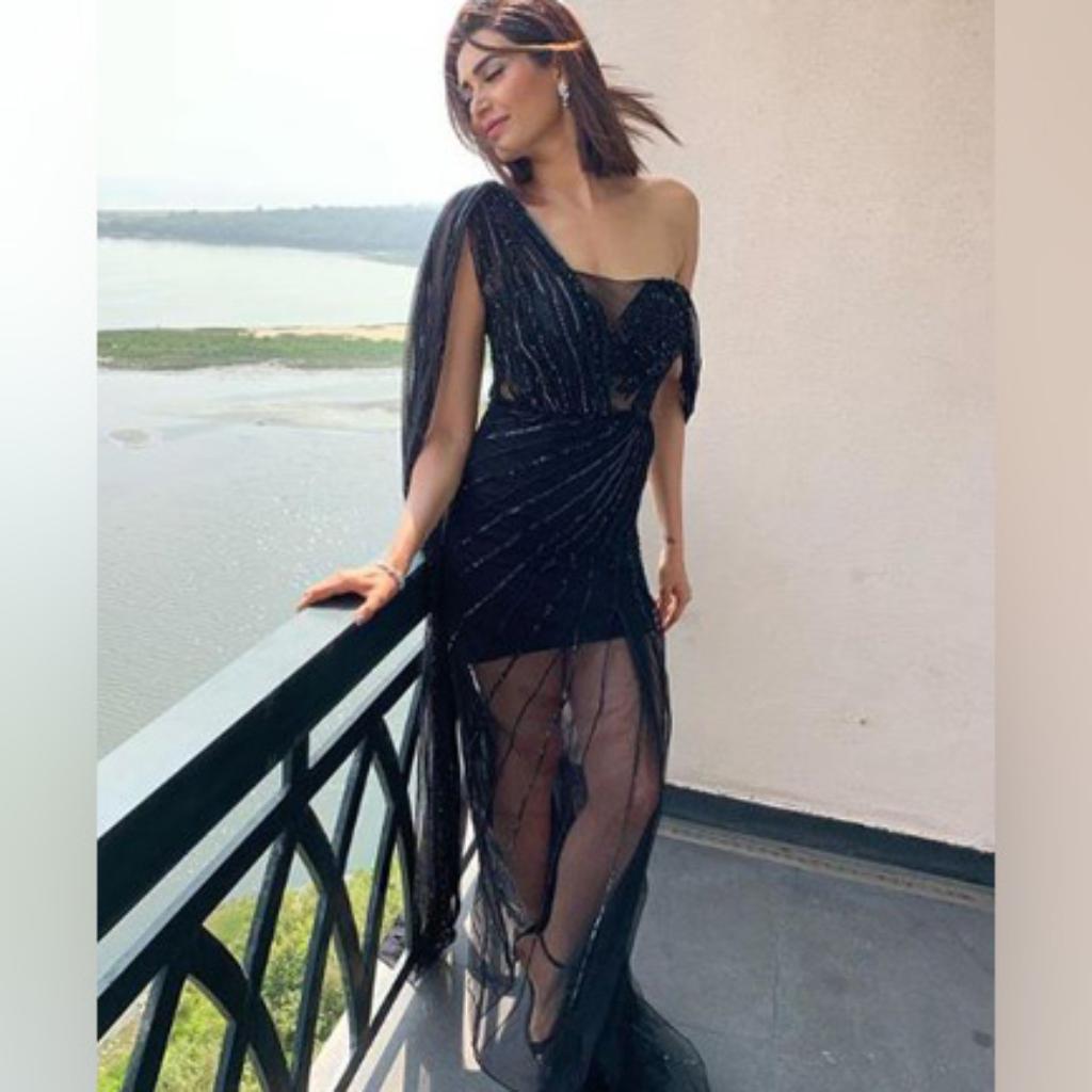 Karishma Kapoor Ki Sexy Photo Jemini Video  Benbartlettca