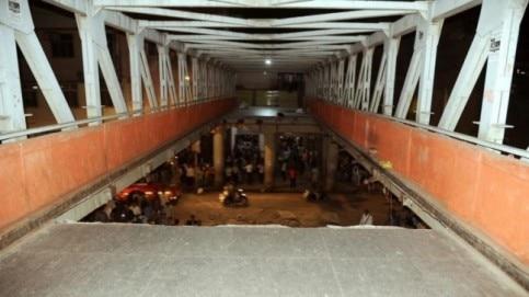 Foot over bridge collapses at CST in Mumbai