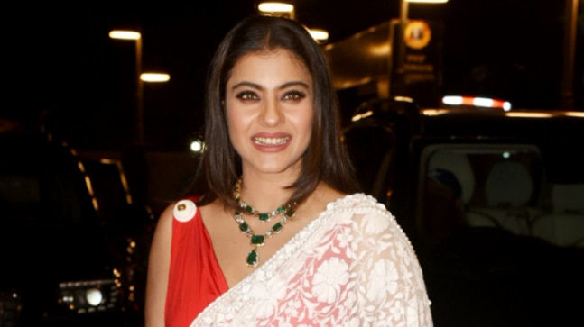 Kajol's red and white saree at awards night is hurting our eyes. See pics