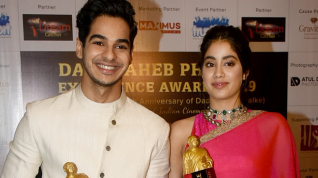 Janhvi Kapoor and Ishaan Khatter steal the show at Dadasaheb Phalke Excellence Awards 2019