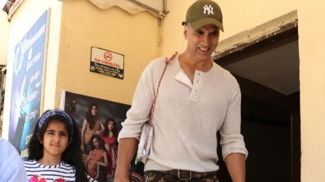 Akshay Kumar goes for a movie date with daughter Nitara