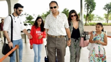 Sushmita Sen spotted at Mumbai airport with family.