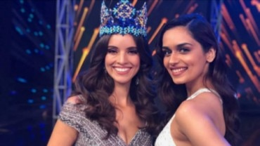 Manushi Chillar and Vanessa Ponce de Leon at Miss India 2019 Photo: Instagram/ Manushi Chhillar
