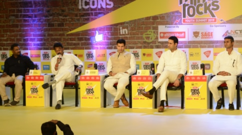 Madhya Pradesh politicians about need for youth in politics