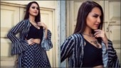Sonakshi Sinha bares midriff in ethnic crop top and skirt for Khandaani Shafakhana promotions