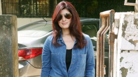 Twinkle Khanna at the salon Photo: Yogen Shah