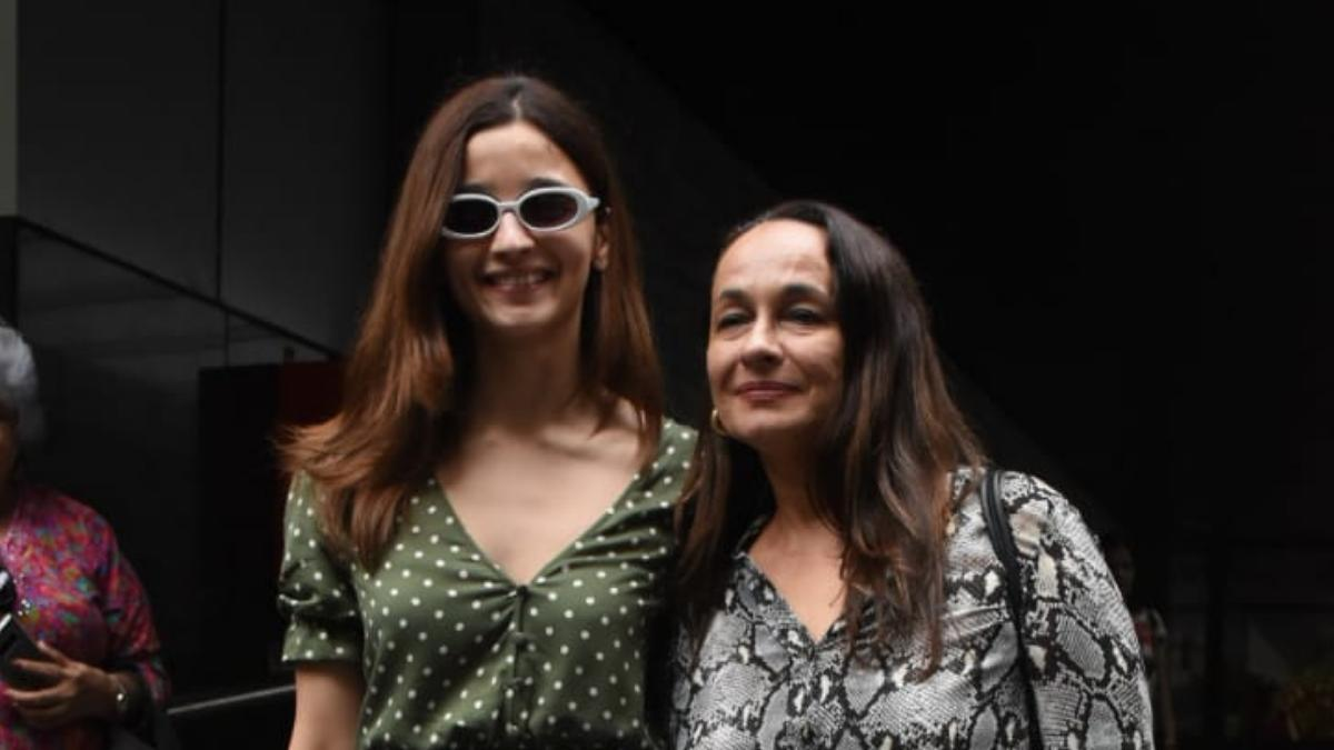 Alia Bhatt on lunch date with mother Photo: Yogen Shah