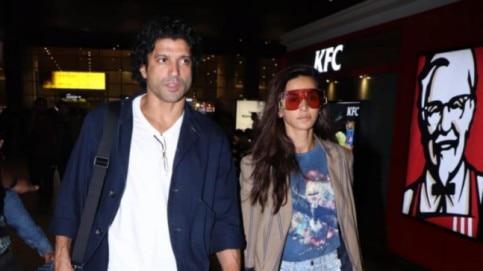 Farhan Akhtar and Shibani Dandekar were spotted at Mumbai airport.
