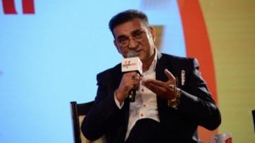 Abhijeet Bhattacharya at Safaigir Awards 2019.
