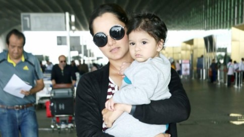 Sania Mirza with Izhaan at the airport Photo: Yogen Shah