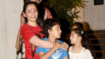 Maanayata Dutt with kids