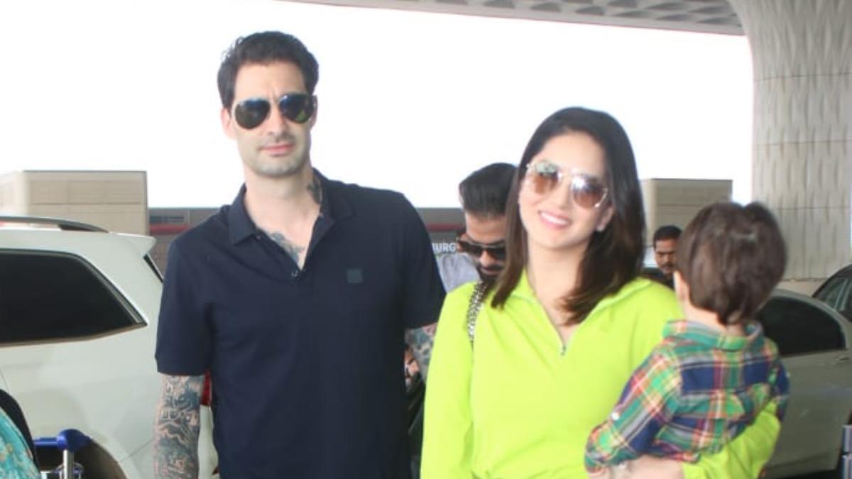 Sunny Leone with family at Mumbai airport Photo: Yogen Shah