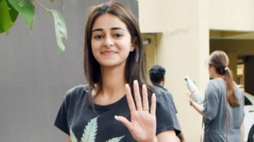 Ananya Panday on day out Photo: Yogen Shah