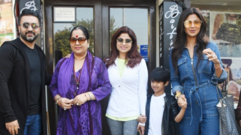 Shilpa Shetty with family. Photo: Yogen Shah.